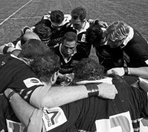 Finale scudetto rugby '94: cerchio inizio partita.