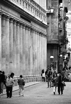 L'Aquila. Corso Vittorio Emanuele.
